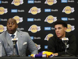 Lakers poprosili LaVara o stłumienie krytyki