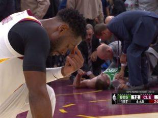 Wake-Up: Otwarcie sezonu. Złamana noga Haywarda. Rockets pokonali Warriors